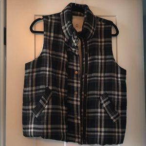 Anthropologie Black/Cream puff vest, sz M